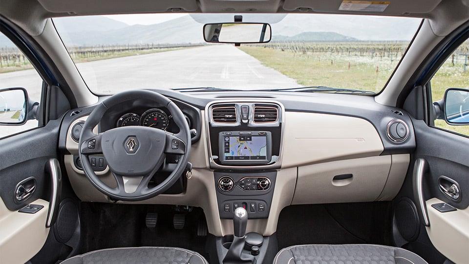 Интерьер Renault Logan - 2016 года выпуска