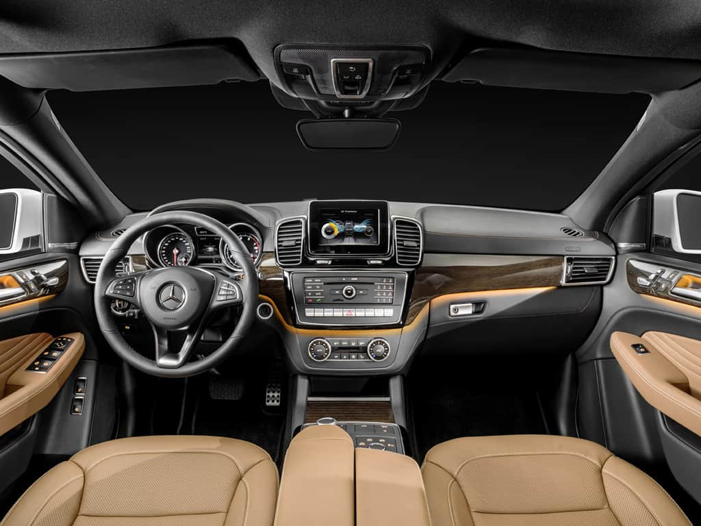 GLE Coupé 4MATIC (C 292) 2014; Studio, Interieur: Leder Sattelbraun / Schwarz, Zierelemente Holz Eukalyptus braun glänzend interior: leather saddle brown / black, high-gloss brown eucalyptus wood trim