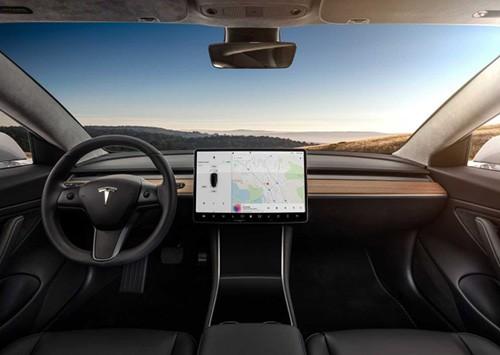 Прокат авто Tesla model 3 Одесса